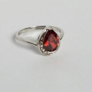 Garnet rhinestone silver tone fashion ring size 10